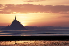 Tiens, un coucher de soleil... Adouci. (stephane.desire) Tags: coucherdesoleil gothique cof013dmnq cof013mvfs cof013pst