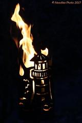 Lighthouse on fire (Noodles Photo) Tags: feuer fire lighthouse leuchtturm weihnachten weihnachtsmarkt christmasmarket christmas xmas solingen gräfrath solingengräfrath nachtaufnahme nacht nightshot night canoneos7dmarkii ef24105mmf4lisusm bergischesland nrw germany deutschland