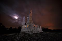 Mensajeria instantanea (Daniel Pastor 70) Tags: mensajeriainstantanea telegrafooptico cuenca españa nocturna night nightscape iluminacion