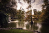 Palacio de Cristal (Alex Bravo - alejandrobravophoto.wordpress.com) Tags: cristal madrid retiro spain alexbravophoto alexbravo eos40d tokina1224 cityscape water lake