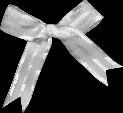 AJanner-treasured-bow-003-cu4cu