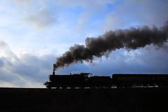 Erlestoke Manor Finale on the Severn Valley Railway. (Keith Wilko) Tags: erlestokemanor erlestokemanorfund 7812 7812erlestokemanor loco7812 7812loco erlestokelasttrip svr severnvalleyrailway svrlocomotives svrtrains greatwesternrailway gwrlocomotives manorclass manorclasslocomotives 78xxclass erlestoke tyseley vintagetrains tyseleylocomotiveworks 7812lastday farewell7812 boilerexpired gwr7812 manor7812 sevenvalleyrailway severnvalleyrailwaylocomotives train steamtrain steamlocomotive railway smoke brsteamtrains uksteamtrains britishrailways swindon severnvalleytrains