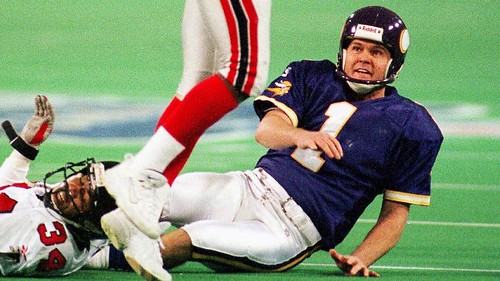 Iconic NFL Gamers Who Weren't Born In The U.S.