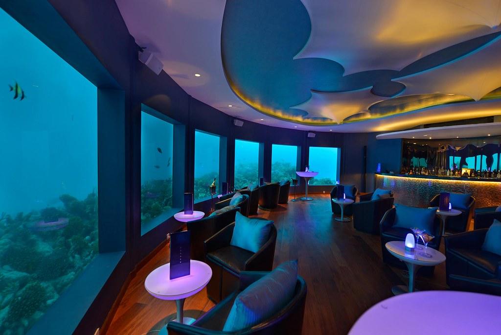 subsix underwater restaurant