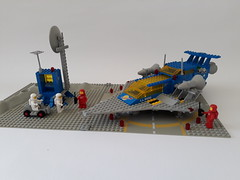 Classic Space Set 928, Galaxy Explorer from 1979 (nz-brickfan) Tags: classic lego afol 1979 space classicspace galaxyexplorer spaceship toys classiclego toyphotography legophotography