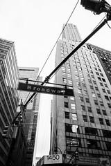 DSC_7006 (MaryTwilight) Tags: newyork humansofnewyork peopleofnewyork nyc bigapple thebigapple usa exploreusa explorenewyork fallinnewyork streetsofnewyork streetphotography urbanphotography everydayphotography lifestylephotography travel travelphotography architecture newyorkbuildings newyorkarchitecture