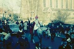 Renkum Achterdorpsstraat intocht Sinterklaas met o.a. agent Ruardy 18 nov1967 Collectie HGR Echos 2017 1 (Historisch Genootschap Redichem) Tags: renkum achterdorpsstraat intocht sinterklaas met oa agent ruardy 18 nov1967 collectie hgr echos 2017 1