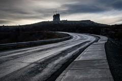 Dawn, Signal Hill. (rick miller foto) Tags: canada firstlight morning dawn perspective road signalhill stjohns newfoundland