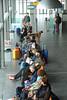 Nieuwjaarsdag--Harlingen-wachten-op-de-boot (Don Pedro de Carrion de los Condes !) Tags: donpedro d700 harlingen friesland fryslan doeksen ferry veerboot wachten mensen wadden eilanden vlieland terschelling harns