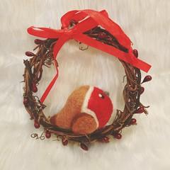 felted robin (Uniquekerer) Tags: needlefelted needlefelt fibreart handmade handcrafted decorations craft