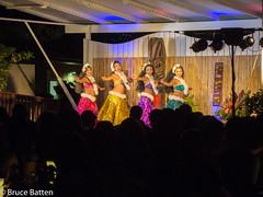 171208 Honolulu-11.jpg (Bruce Batten) Tags: night locations trips occasions subjects performances people businessresearchtrips usa hawaii honolulu unitedstates us