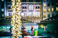 In the Theatre - Nightshot Viktualienmarkt Munich (**capture the essential**) Tags: 2017 advent bokeh christmasmarket dof film fotowalk leicalenses leicasummiluxm1435 leitzleica munich münchen nachtaufnahmen nightshot sonya7m2 sonya7mii sonya7mark2 sonya7ii sonyilce7m2 weihnachtsmarkt analog analogue bokehlicious