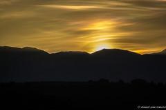 Puesta de Sol, Poniente Granadino (daniel.san.romero) Tags: puestadesol paisajefantastico paisajes poniente granada lumix fz45 cielo paisaje montaña