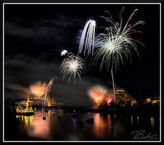 Fireworks_9068 (bjarne.winkler) Tags: 2017 new year firework over sacramento river with tower bridge ziggurat building background