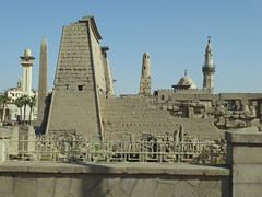 Luxor Temple & Mosques (Aidan McRae Thomson) Tags: luxor egypt temple architecture ruins ancient egyptian