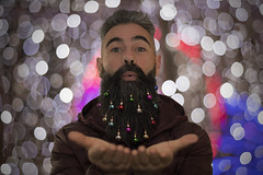 Happy Holidays (- Cajón de sastre -) Tags: autoretrato selfportrait creativephotography creativeselfportrait color colour bokeh desenfoque depthoffield nikkorafs50mmf14g nikond500 bearded beard barbudo barba christmas christmaslights lucesdenavidad lío20