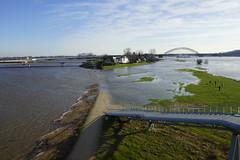 Hoog water in de rivier de Waal tussen Lent en Nijmegen 07-01-2018 (marcelwijers) Tags: hoog water de rivier waal tussen lent en nijmegen 07012018