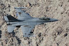 F-16C 85-1560/ED 412th TW (live2aviate) Tags: california jeditransition starwarscanyon rainbowcanyon r2508complex f16cviper f16c30cf 412thtw haveglass edwardsafb 416thfts 851560ed mojavedesert 200400mmf4gvr