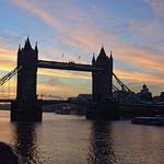 Tower Bridge at dawn thumbnail