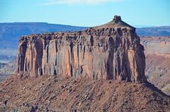 Butte In Holeman Spring Canyon (Joe Shlabotnik) Tags: nationalpark utah 2017 canyonlands butte november2017 canyonlandsnationalpark afsdxvrzoomnikkor18105mmf3556ged faved