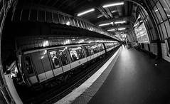 MC Peleng 8 mm f/ 3.5 A ( МС Пеленг 3,5/8А ) - DSCF0369 (::Lens a Lot::) Tags: mc peleng 8 mm f 35 a paris | 2017 fisheye darkness underground noise night light street streetphotography bw black white monochrome vintage manual prime fixed length classic lens ruelle personnes route bâtiment metro subway gate station lignes train plafond russian architecture fenêtre