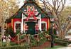 All's Quiet at Santa's House (Robb Wilson) Tags: glendalecalifornia theamericanaatbrand santashouse santasworkshop christmas2017 bigredribbon snowmen tinsoldiers