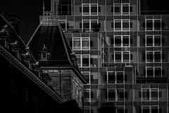 Gemeente en Timmerhuis (Rotterdam) (Kijkdan) Tags: architecture blackandwhite monochrome rotterdam timmerhuis gemeentehuis