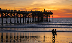 Center of Attention (ihikesandiego) Tags: crystal pier sunset san diego pacific beach christmas