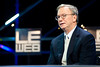 After 16 years, Alphabet's Eric Schmidt is stepping down as govt chairman (takenews) Tags: alphabet ericschmidt