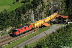 Die Post (Lion de Belfort) Tags: cff ffs sbb re 44 ii 420 11240 die post la poste wassen uri suisse courbe wattinger gothard
