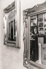 49/52: Two of a kind (judi may) Tags: project52 monochrome 100xthe2018edition 100x2018 image2100 cambridge tearoom harrietstearoomcambridge pictureframes pictures frames twoofakind mono canon7d 35mm blend blendedimages