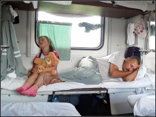 В РЖД разрешили пассажирам с нижних полок не пускать к себе «соседей сверху»