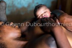 UNICEF_Kongo Central_Nutrition_allaitement maternel_18.10.2017-3 (Gwenn Dubourthoumieu) Tags: africa afrique bascongo child drc health inga kinzaumvuete kongocentral républiquedémocratiqueducongo santé unicef allaitement breastfeeding drcongo enfant maternityward maternité nutrition rdc rdcongo