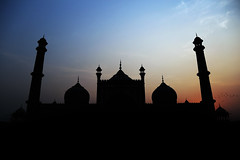 JAMA masjid - Silhouette Photography (Vivek Baghel Photography) Tags: world photographic forum silhouette photography nature sunset naturewallpaper jama masjid new delhi architecture structure mosque india historical monument palace