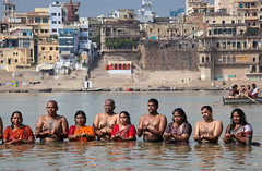 Ceremony in the holy Ganges river (Dick Verton ( more than 12.000.000 visitors )) Tags: india asia varanasi bathing river ganges otherside