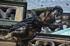 Gargoyles - 36 (fotomänni) Tags: gargoyles gargouille skulptur sculpture skulpturen steinfiguren prag praha prague veitsdom manfredweis