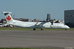 pl30juil17acdhc829 (lanpie012000) Tags: montreal montréal yul cyul aircanadaexpress dhc8402 cggfp fin421