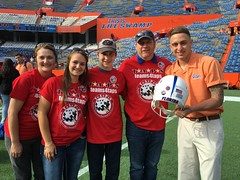 2016_T4T_University of Florida 124 (TAPSOrg) Tags: taps tragedyassistanceprogramsforsurvivors teams4taps gainesville florida universityofflorida football collegefootball salutingthosewhoserve survivors 2016 military outdoor horizontal redshirt footballfield group family player posed male woman teens