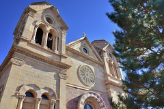 Cathedral Basilica of St. Francis (jpellgen (@1179_jp)) Tags: stfrancis cathedral church catholic architecture travel roadtrip nikon southwest d7200 december 2017 winter sf nm newmexico santafe basilica assisi sigma 1770mm usa america