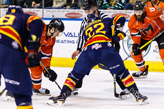 "Kansas City Mavericks vs. Colorado Eagles, December 16, 2017, Silverstein Eye Centers Arena, Independence, Missouri.  Photo: © John Howe / Howe Creative Photography, all rights reserved 2017. • <a style=""font-size:0.8em;"" href=""http://www.flickr.com/photos/134016632@N02/39106611072/"" target=""_blank"">View on Flickr</a>"
