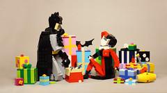 Christmas Eve For Batman and Harley (vir-a-cocha) Tags: lego batman harley quinn cristmas present girl beauty woman superhero dc comics viracocha