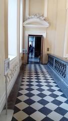 DSC_0178 (Benoit Vellieux) Tags: palaissaintpierre lyon muséedesbeauxarts artsmuseum corridor carrelage floortiles fliesen