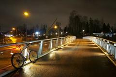 2018 Bike 180: Day 3, January 3 (olmofin) Tags: 2018bike180 finland bicycle espoo bridge silta ppolkupyörä pyörätie pyörätiesilta dawn hämärä morning wet märkä street katu lumix 14mm f25 vallikallio lintuvaara lintulaaksontie