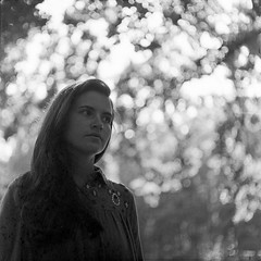 PHSQUAT2036_009 (newmandrew_online) Tags: filmisnotdead film filmphotografy film120 сф чб пленка 6x6 mamiya bw mamiyac220 svema minsk belarus portrait expired tlr blackandwhite black forest