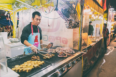 Richmond Night Market - Vancouver (IQRemix) Tags: vancouver yvr britishcolumbia canada 加拿大 溫哥華 温哥华 比亚省 photography sony a7rii city sonyalpha vancouvercanon 24mm f14 iirichmond night market vendor food bbq squid