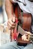 Musicien dans l'Intra (saintmalojmgphotos) Tags: saintmalo illeetvilaine intramuros intra 35400 35 musique musiciens musicien malouin guitare guitariste mime