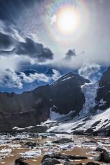 Glaciar Colgante del Morado bajo un Halo Circunsolar (@abriendomundo) Tags: elmoradoglacier canoneos5dmarkiv lagunaelmorado glaciarcolgantedelmorado elmorado tamron1530f28 haidand30 ndfilter nd neutraldensity chile andes andeslagoons paisajesdelosandes andeslandscapes andesmountains andescentrales fantasticnature ngc ice glacier glaciar glaciareschilenos