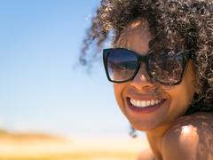 Dai (Diego S. Mondini) Tags: retrato portait portrait sun glasses sunglasses curly são francisco do sul santa catarina brasil brazil