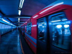 Going Somewhere (Aaron Aguilera) Tags: urban urbanphotography metro subway mexicocity mexico cdmx df mexicodf