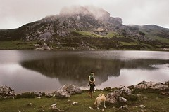 (Rastislav Durica) Tags: analog analogue film kodakgold200 canoneos500n landscape family
